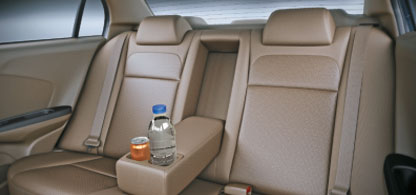 Rear-Seat-Arm-Rest-With-Drink-Holder